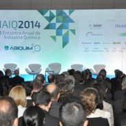 Indústria química fatura mais de US$ 156 bilhões em 2014